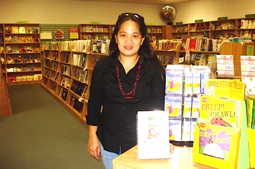 staff at bestseller books on saipan